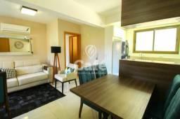 Apartamento central 3 dormitórios, mobiliado, Garagem 2 carros.