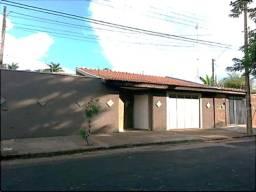 Casa à venda com 4 dormitórios cod:V12244