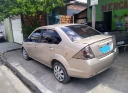 Fiesta 1.6 completo 2011