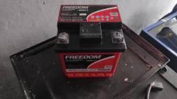 Bateria estacionária 30 amp