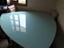 Mesa de vidro formato gota