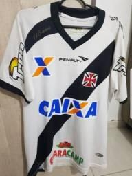 Camisa vasco penalty usada em jogo