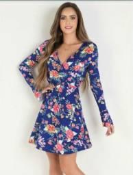 Vestido transpassado azul floral