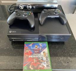 Xbox One 500 GB de Memória + 2 Controles Sem Fio + Kinect