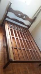 Vendo cama de casal madeira maciça!
