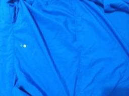 Jaqueta azul fina
