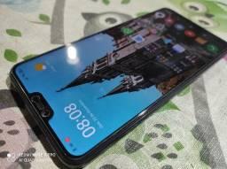 Celular Xiaomi Mi 8 Lite 6GB de RAM 128 GB de armazenamento