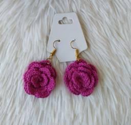 Brinco de Crochê Botão de Rosa