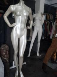 Vendo 2 manequins de pose