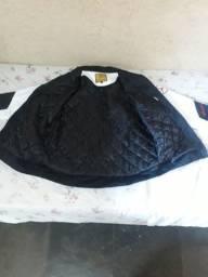 Vendo jaqueta tamanho M nova em ótimo estado