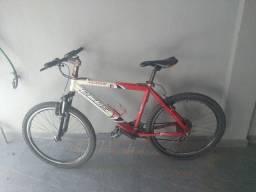 Bicicleta  aro 26 em ótimo de conservação
