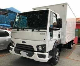 Ford cargo 810
