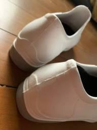 sapato branco feminino enfermagem