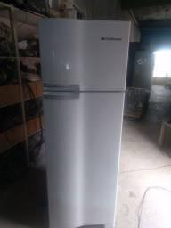 Vendo essa geladeira continental 430LT