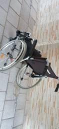 Cadeira de rodas ottobock bem nova