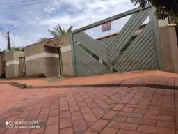 Sobrado à venda, 2 quartos, 1 suíte, 5 vagas, Monte Castelo - Campo Grande/MS