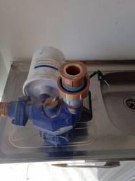 Pressurizador faz pressão água