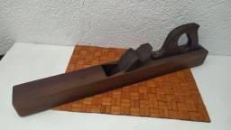 Plaina antiga manual grande lâmina aço sueco
