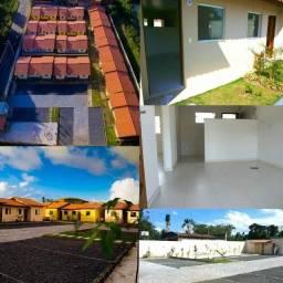 Vendo casa em condomínio no centro de Camaçari