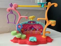 Truques e Show Playset Littlest Pet Shop (LPS) - Circo