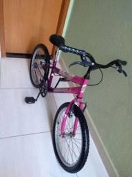 Bicicleta lol aro 20 em estado de nova