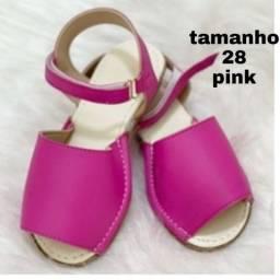 Avarca pink tamanho 28 na caixa