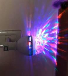 Lâmpada De Led Giratória Colorida 3w Rgb Com Brinde Soquete