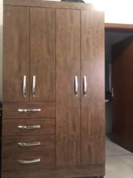 Guarda roupa/armário solteiro