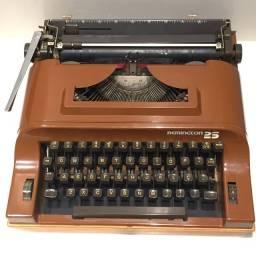 Máquina de Escrever Ramington 25