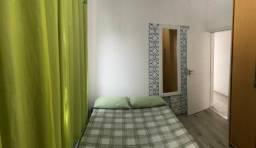 Dois dormitórios ao lado do Beira Mar Shopping