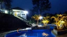 Linda propriedade com vista panoramica e piscina para seu lazer em Juquitiba