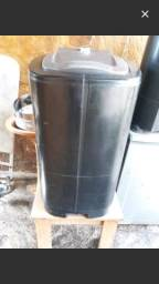 Vende-se uma máquina de lavar ' tanque