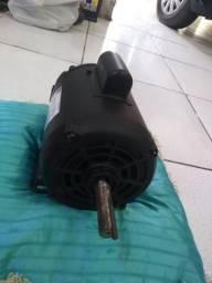 Motor 1cv monofásico e eixo com elise nunca usado