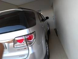 Toyota SW4, 7 Lugares - 2013