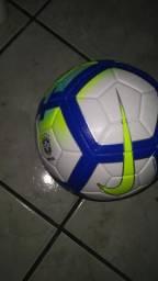 Bola nike oficial do campeonato brasileiro 70afa81babac2