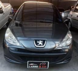 Peugeot 207 sedan Passion 1.4 ano 2010 - 2010