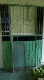 Portao de ferro grande bem conservado