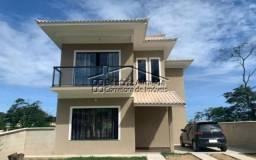 Casa Duplex no Cond. Pedra de Inoa, 3 qtos, 2 salas, cozinha planejada, piscina, sauna