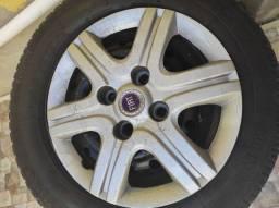 Rodas de ferro com pneu NOVO