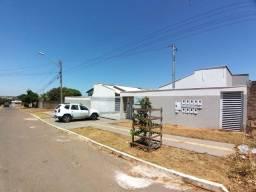 Casa com 3 quartos em Condomínio fechado, Conjunto Vera Cruz, Goiânia.