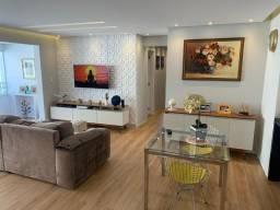 3 Dormitórios com Suite e 2 Vagas de Garagem Cobertas Por R$ 700 Mil
