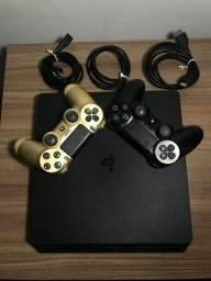 Playstation 4 Slim 500GB + 2 controles