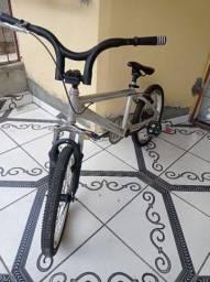 Bicicleta BMX Cross