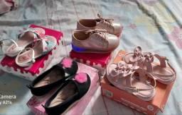 Calçados infantil pouco usados 23