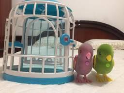 Pássaros de brinquedo