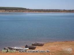 Troco lote em Felixlândia próximo ao Balneário Lago dos Cisnes
