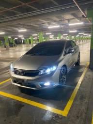 Vende-se New Civic 2014 automático