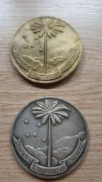 2 medalhas comemorativas