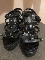 Vende-se sandália Anabella
