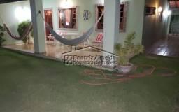 Casa em cond. de frente para lagoa, 4 qts (2 suites), sala, garagem, churrasqueira